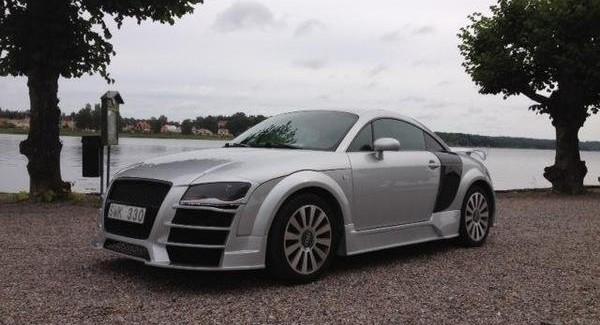Продава се: Audi TT R8