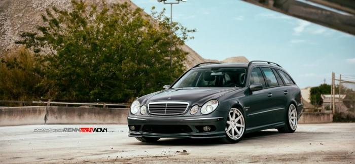Mercedes E55 AMG  от RENNtech и ADV1 Wheels